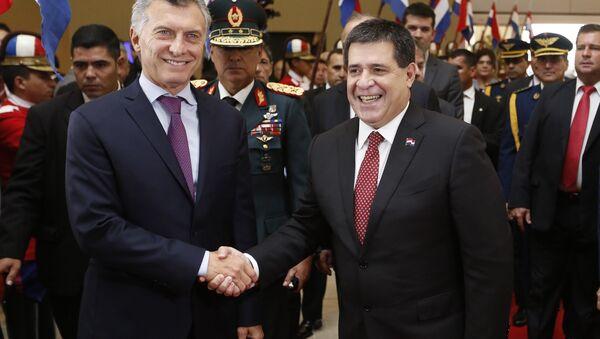 Mauricio Macri, presidente de Argentina, y Horacio Cartes, presidente Paraguay - Sputnik Mundo