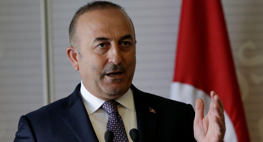 Mevlut Cavusoglu, ministro de Exteriores turco (archivo)