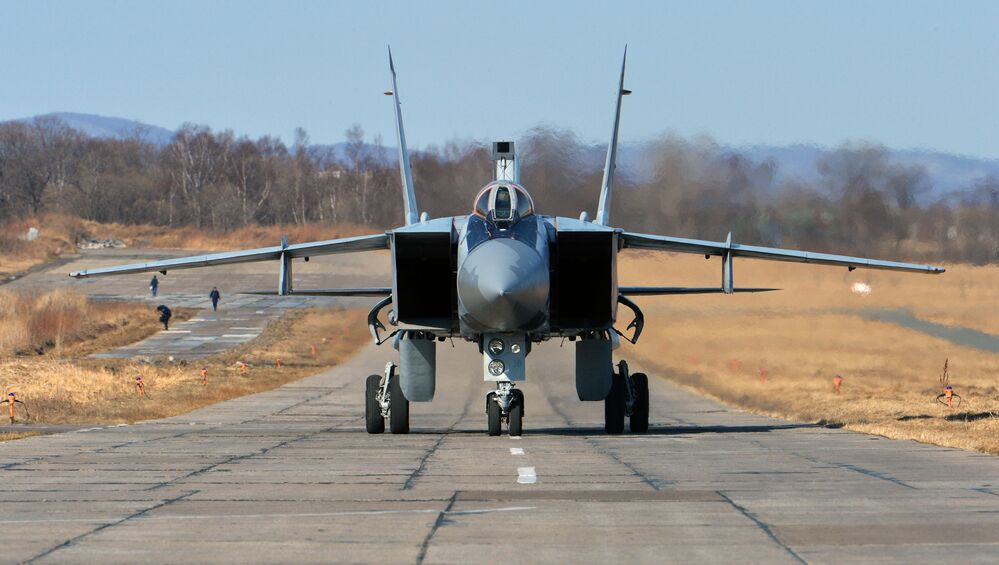 El MiG-31 interceptor hipersónico con un amplio radio de alcance.