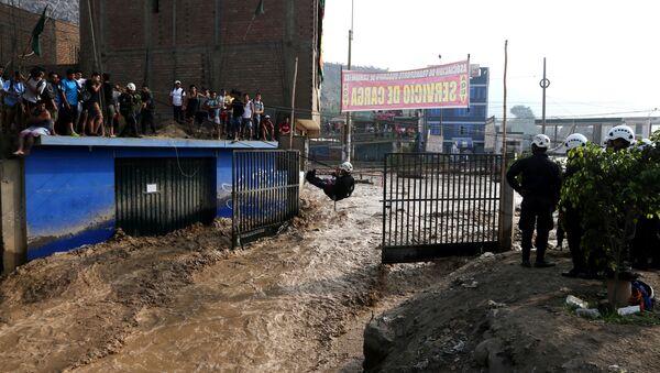 La inundación en Perú - Sputnik Mundo