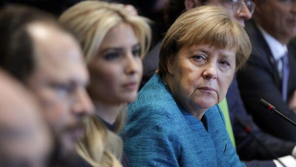 Ivanka Trump y Angela Merkel - Sputnik Mundo