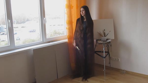 Alia Nasýrova (captura de pantalla) - Sputnik Mundo