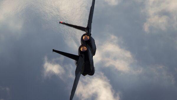 Un avión israelí F-15 (archivo) - Sputnik Mundo