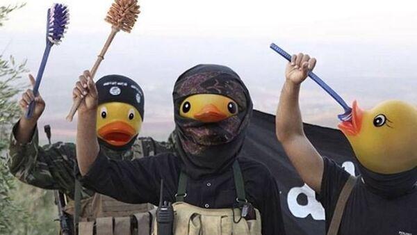 Rubber Duck Isis - Sputnik Mundo