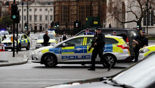 Policía britanica - Sputnik Mundo