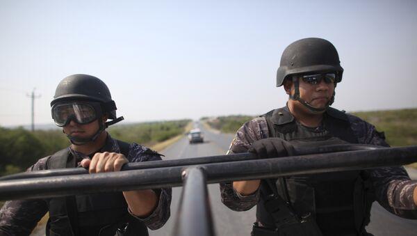 Policías mexicanos - Sputnik Mundo