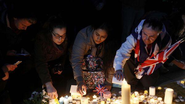 Homenaje a las víctimas del atentado en Londres - Sputnik Mundo