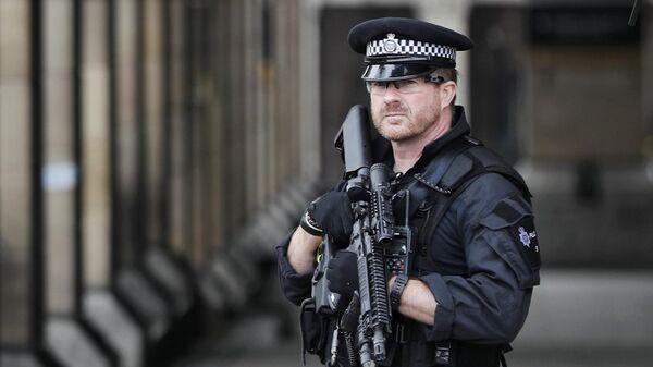 Policías en Londres - Sputnik Mundo