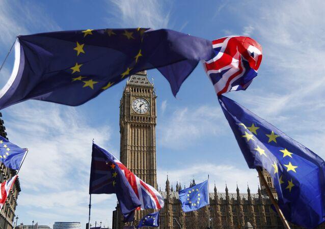 Banderas del Reino Unido y la UE