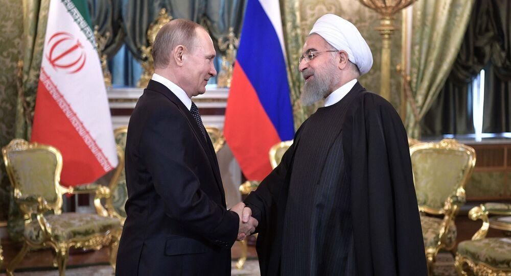 El presidente de Rusia, Vladímir Putin, y su homólogo iraní, Hasán Rohaní (archivo)
