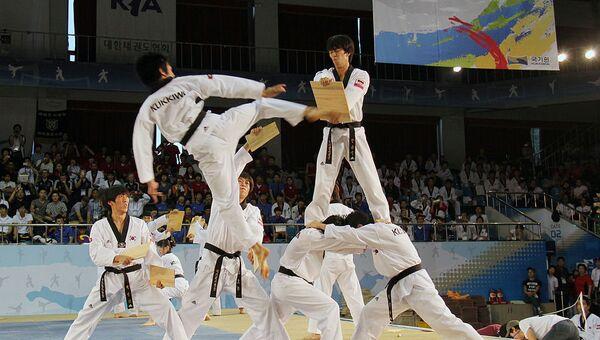 Demostración de Taekwondo en Corea - Sputnik Mundo
