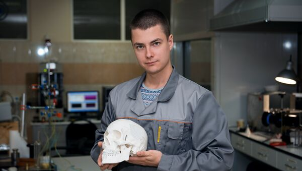 Trabecular implants made of ultra-high molecular weight polyethylene (UHMWPE) - Sputnik Mundo