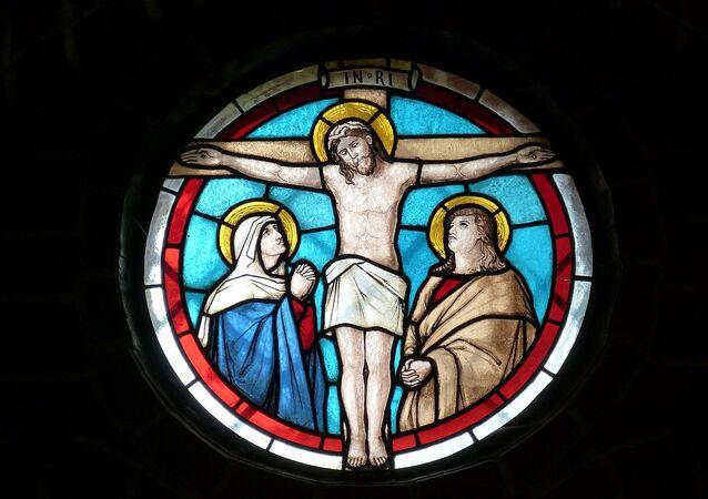 Una vidriera de iglesia (archivo)