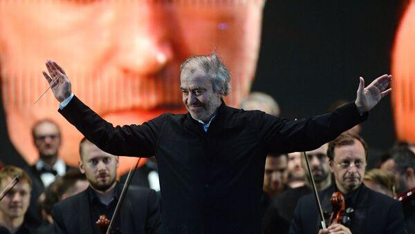 Valeri Guérguiev, director de orquesta ruso - Sputnik Mundo