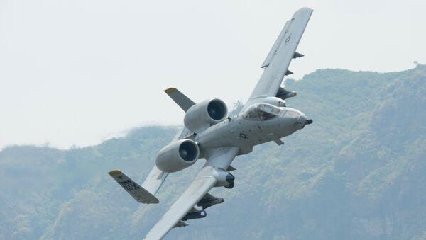 Avión de ataque A-10 Thunderbolt estadounidense (archivo) - Sputnik Mundo