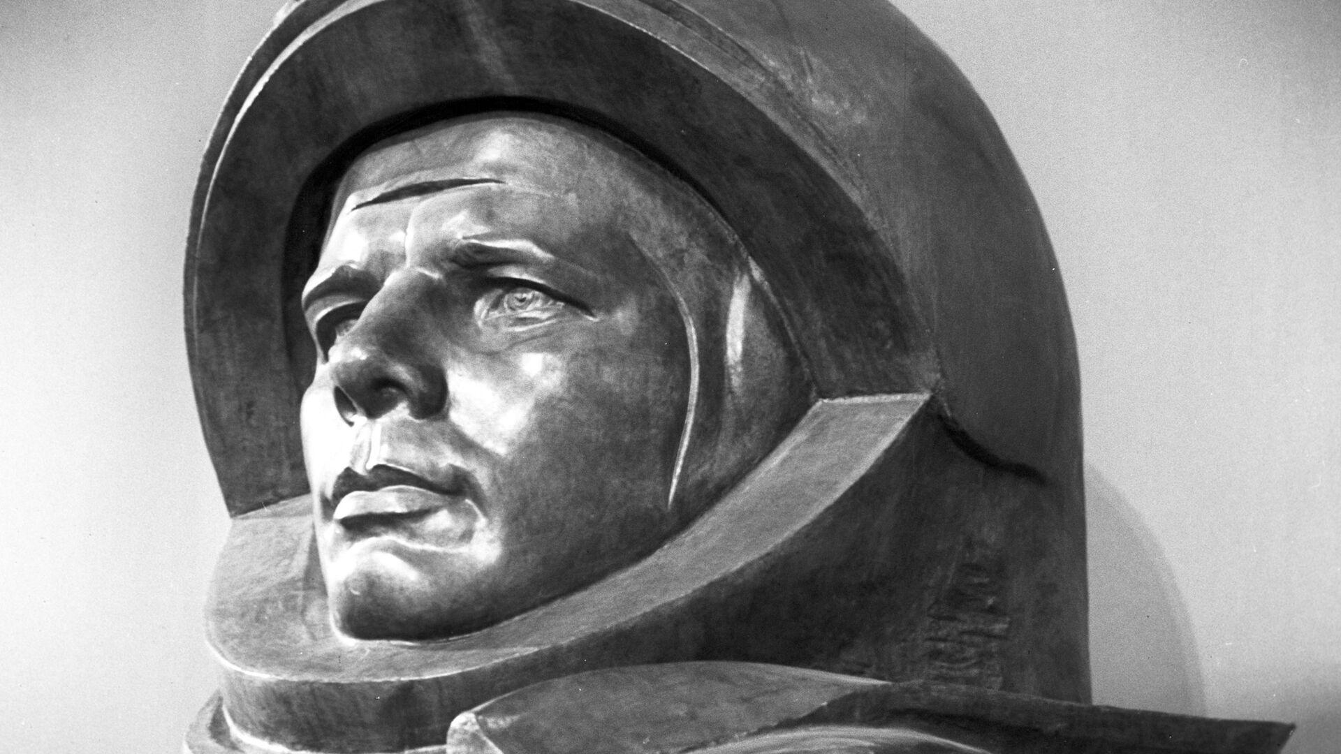 Yuri Gagarin, el cosmonauta soviético y primer ser humano en salir al espacio exterior - Sputnik Mundo, 1920, 11.04.2021