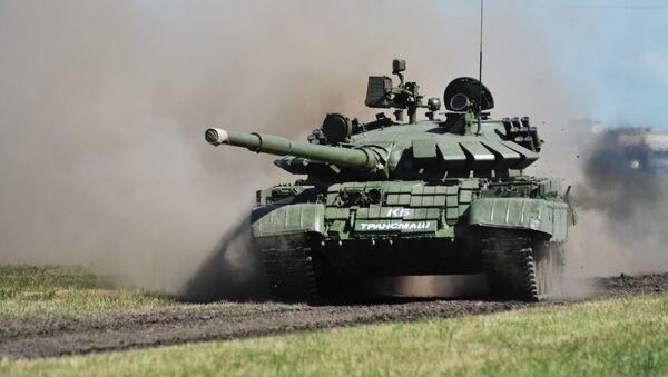 Un tanque T-62 (archivo) - Sputnik Mundo