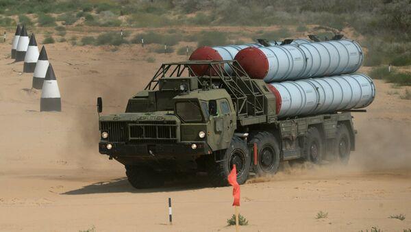 Sistema de misiles antiaéreos S-300PS - Sputnik Mundo