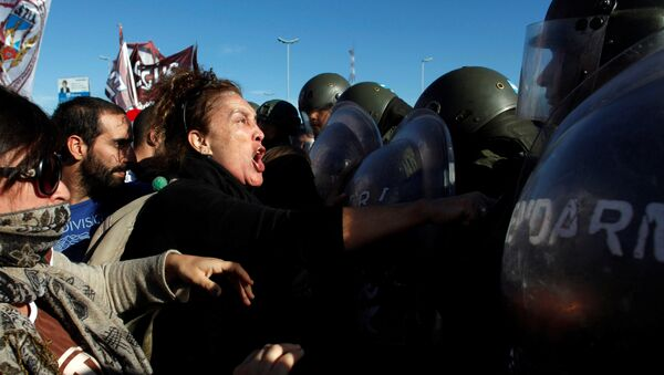 Protesta en Argentina - Sputnik Mundo