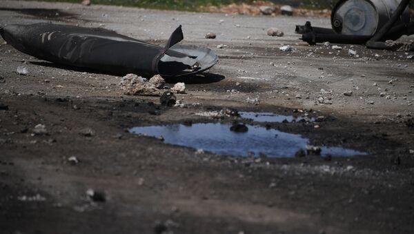 Las consecuencias del ataque de EEUU sobre la base aérea Shairat - Sputnik Mundo