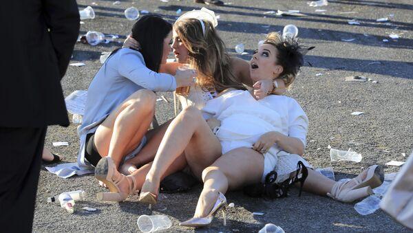 Británicas celebran el 'Ladies Day' - Sputnik Mundo