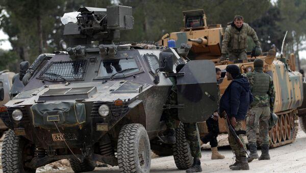Las tropas turcas y los efectivos del Ejército Libre sirio (Archivo) - Sputnik Mundo
