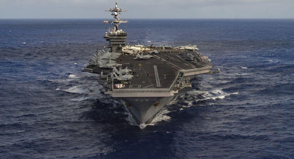 Portaviones USS Carl Vinson en el Mar de China Meridional