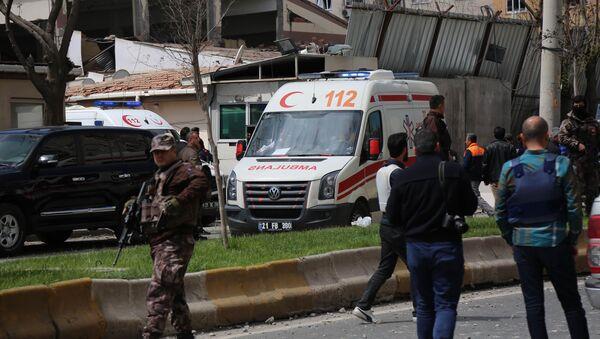 Una fuerte explosión sacude la ciudad turca de Diyarbakir - Sputnik Mundo