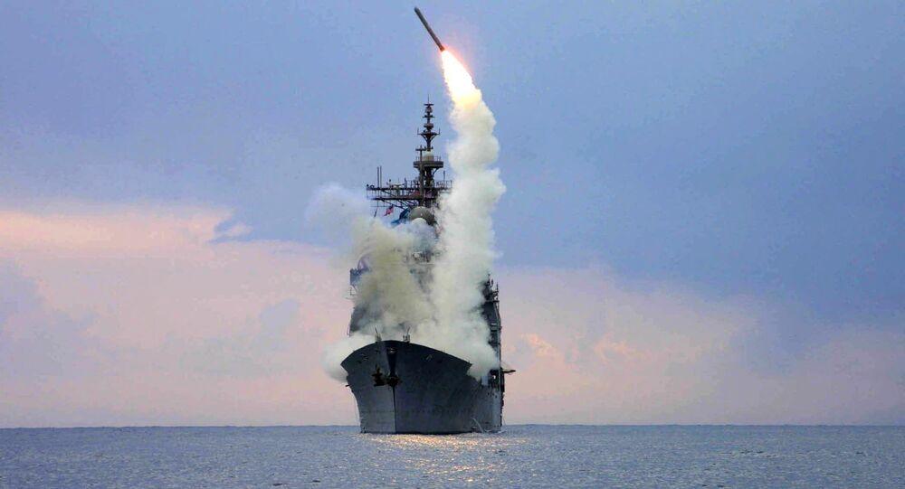 Lanzamiento del misil estadounidense Tomahawk
