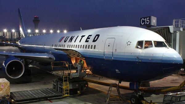 Un avión de United - Sputnik Mundo