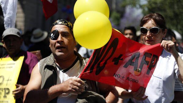 Protestas en Chile contra el sistema de jubilaciones (archivo) - Sputnik Mundo