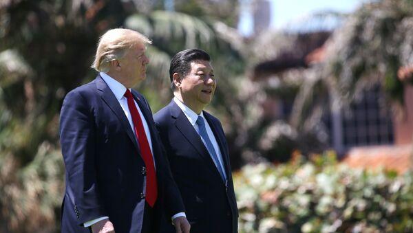 Presidente de EEUU, Donald Trump, y presidente de China, Xi Jinping - Sputnik Mundo