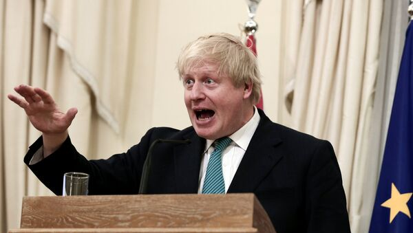 British Foreign Secretary Boris Johnson answers a question during a joint press conference with Greek Foreign Minister Nikos Kotzias (not pictured) following their meeting at the Foreign Ministry in Athens - Sputnik Mundo