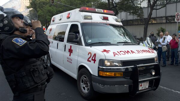 Una ambulancia mexicana (archivo) - Sputnik Mundo