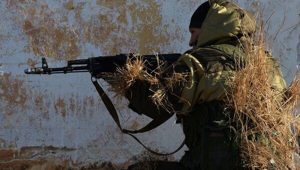 Soldado de la infantería motorizada rusa (archivo) - Sputnik Mundo