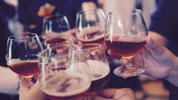 Bebidas alcohólicas (imagen referencial) - Sputnik Mundo