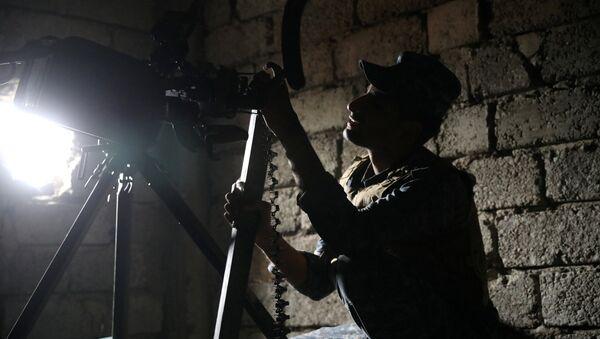 Un agente de la Policía federal de Irak en Mosul - Sputnik Mundo
