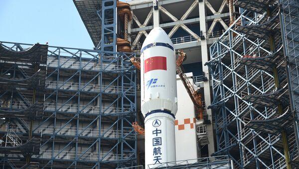 El cohete portador Larga Marcha-7 Y2 - Sputnik Mundo
