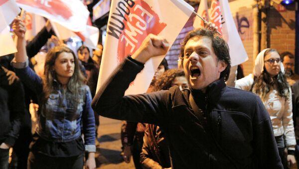 La protesta contra los resultados de referéndum en Turquía - Sputnik Mundo
