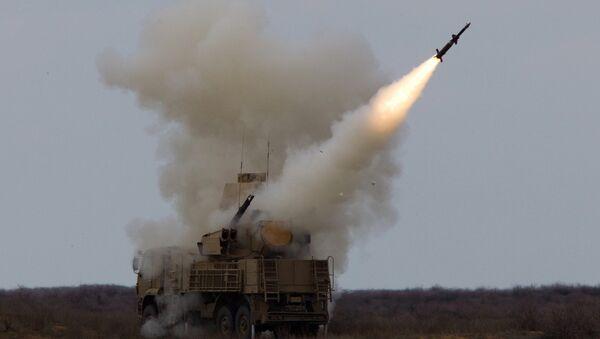 El sistema antiaéreo cañón-misil ruso Pantsir - Sputnik Mundo