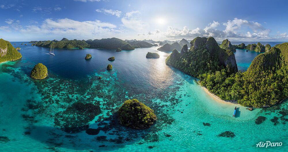 La isla Wayag en Indonesia
