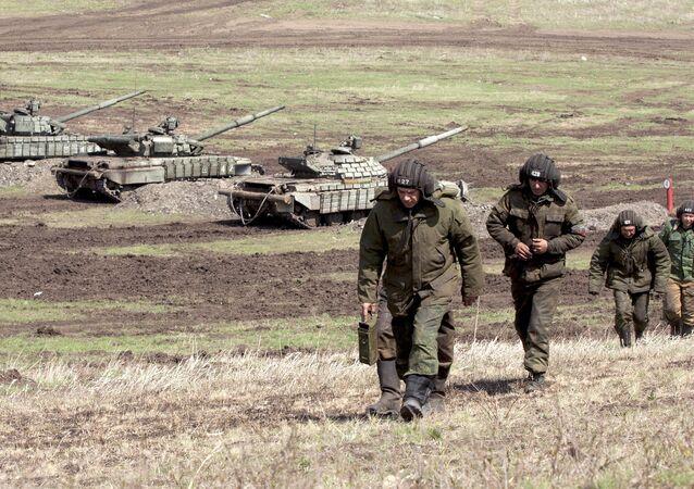 Los soldados de la república autoproclamada de Lugansk