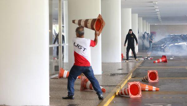 Disturbios en el Congreso Nacional de Brasil - Sputnik Mundo