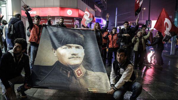Protestas contra el referéndum en Turquía (archivo) - Sputnik Mundo