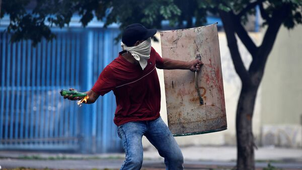 Violencia en Venezuela - Sputnik Mundo