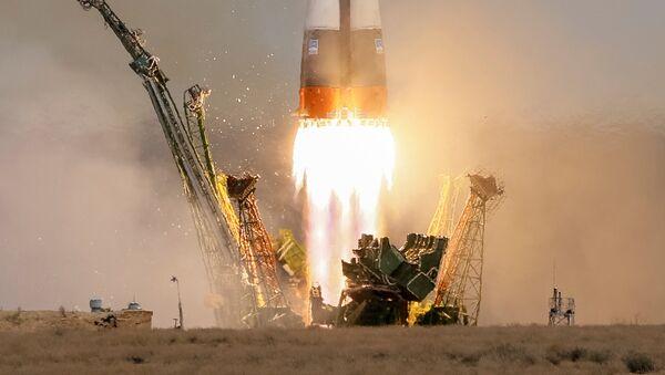 El lanzamiento de una nave rusa Soyuz (archivo) - Sputnik Mundo