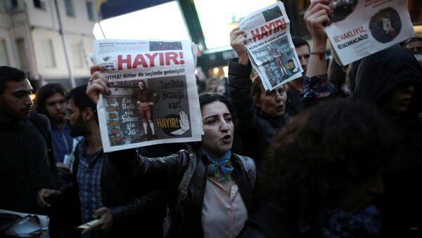 Las protestas antigubernamentales en Turquía - Sputnik Mundo