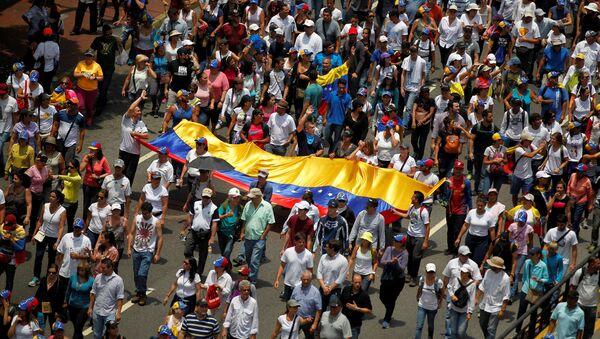 Manifestación de oposición en Venezuela (archivo) - Sputnik Mundo