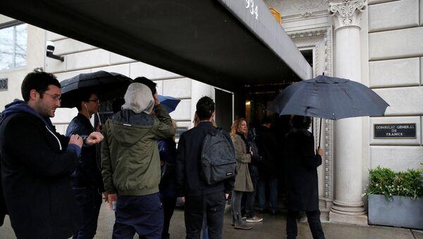 La votación en las presidenciales francesas en el consulado general en Nueva York - Sputnik Mundo