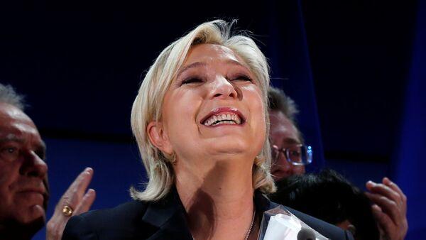 Marine Le Pen, la líder del Frente Nacional y candidata a la presidencia francesa - Sputnik Mundo